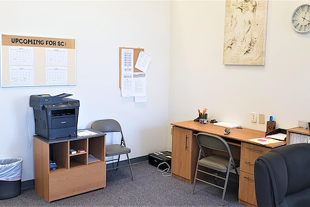 UMI Office Space - Office 1