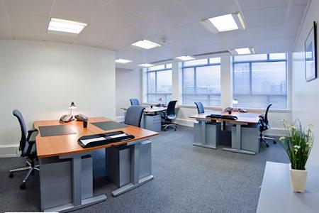 Regus | Accra, Airport Residential Area - Dedicated Desk