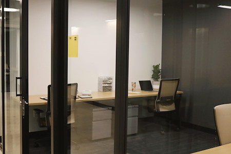 Venture X | Downtown Orlando - Private Office 3