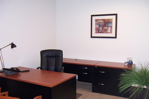 (OSS) One Sansome - 2 Contiguous Interior Offices