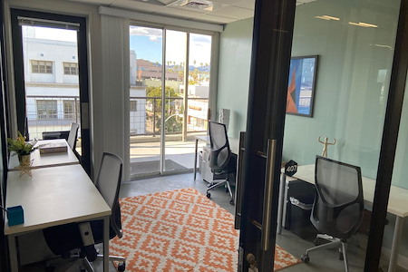 Regus-IWG - Spaces Santa Monica @ Arizona Ave. - 3- 4 Person window office