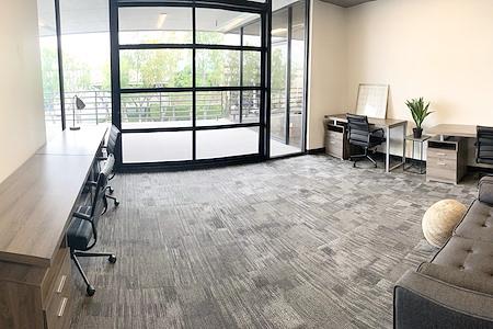 WorkSpace Irvine - Private Garage Office