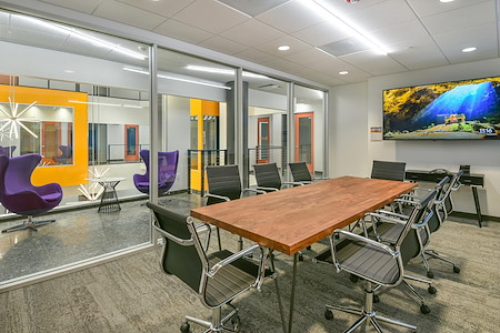 Novel Coworking City Center - Conference Room