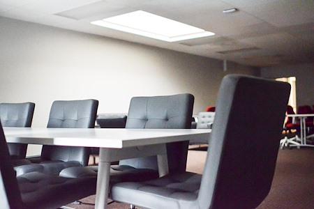 The Studio Coworking-Broadway/Sacramento - Office 2
