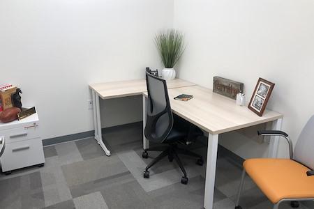 Office Evolution - Woodbridge/Metropark - Interior 1 Person Office