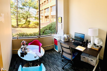 Office Evolution - Hackensack - Exterior Single Private Office