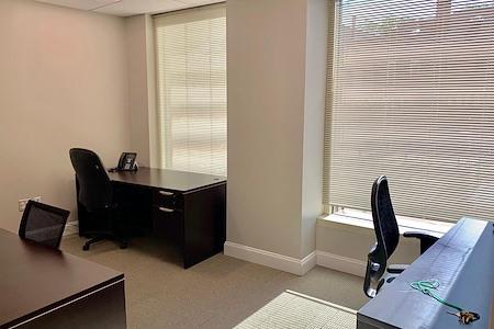 LRB Business Centers, Inc - Desk Space