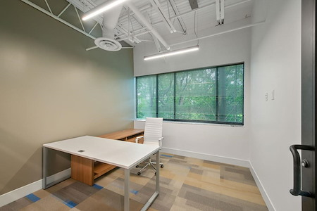 Signature WorkSpace-Northwood - 704