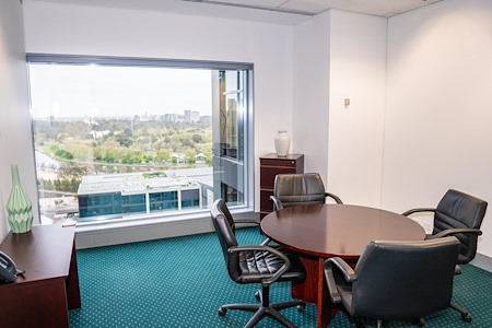 Servcorp 101 Collins Street - Level 18 - Meeting Room for 4