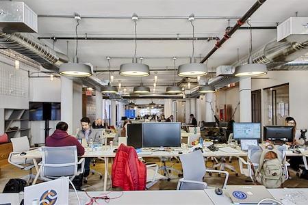 Rise New York - Chelsea NYC - Resident Desk