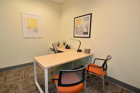 Office Evolution - Longmont - Day Office