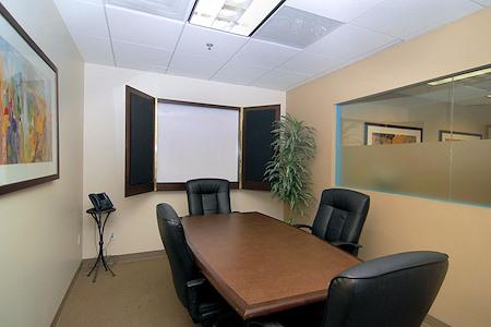 (PAN) Panorama City - Window Office