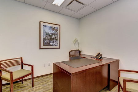 Carr Workplaces-  K Street - Logan Day Office