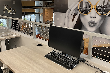 Downtown Works - Exclusive Desk