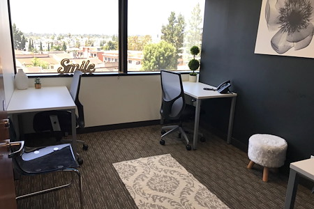Regus | Wells Fargo Los Angeles - Window Office
