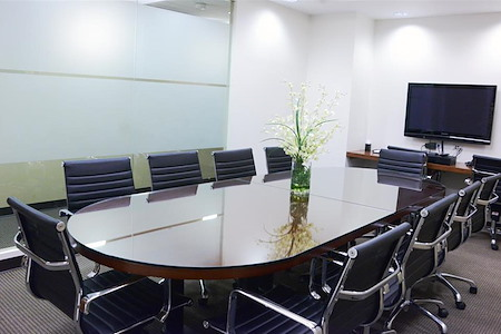 Corporate Suites: 275 Madison Ave (40th) - Meeting Room for 10 People