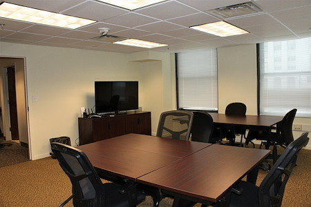 BusinessWise (Law & Finance Building) - MR-B:Meeting/Training Room