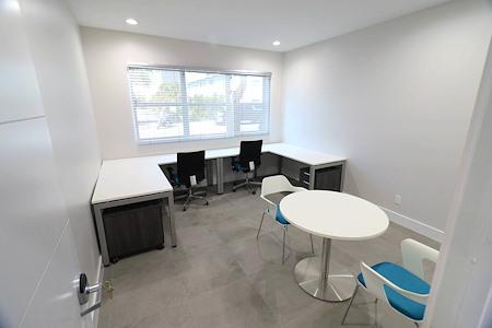 EMERGELW - Office 110