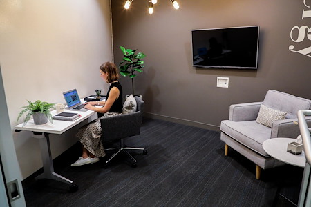Roam Buckhead - Dedicated Office for 2