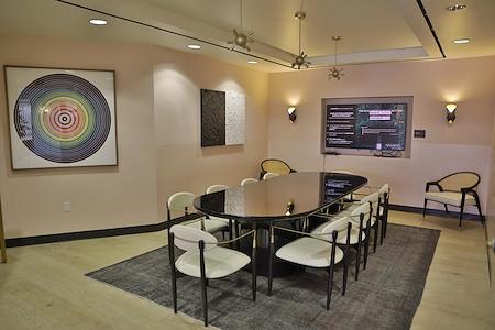 Cross Campus Beverly Hills - 4th Floor | Boardroom