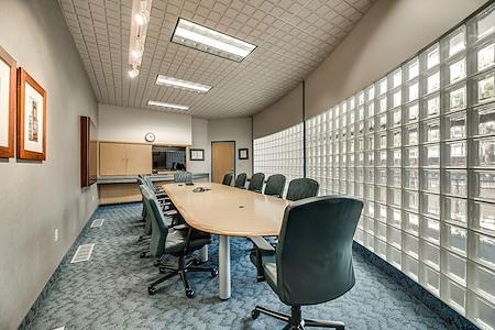 PinnStation Coworking - Meeting Room 2