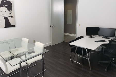 The Legal Domain - Private Office C