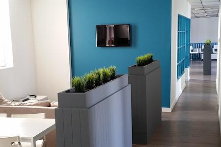 Deora Concept - Semi-Private Work Space