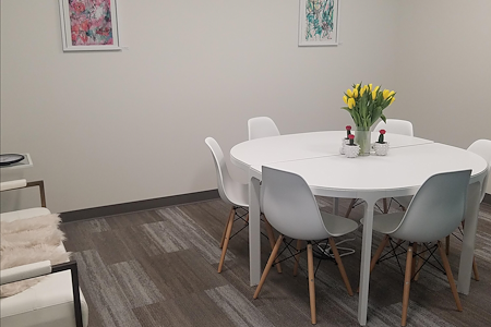 Hera Hub- Phoenix - Meeting Room 1