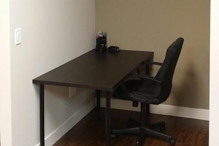 The Offices @ Upland Inn - Hot Desk