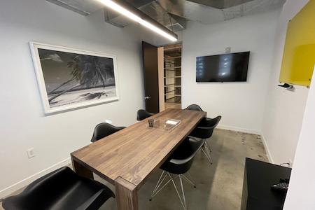 Work&Co Miami - Zendo Room
