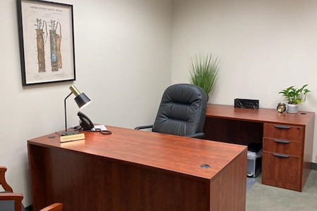Pacific Workplaces - Marin - Day Office 32