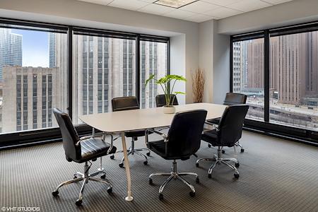 BeOffice | URBAN WORKSPACES - Corner Boardroom