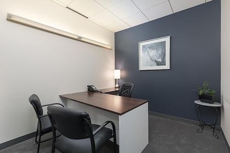 (COL) Koll Center - Interior Office