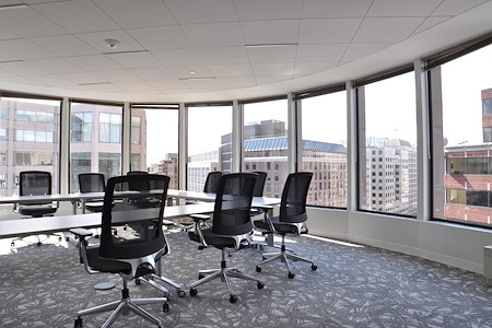 District Offices Farragut - Oval Board Room