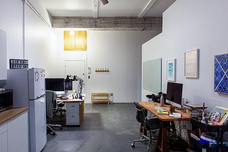 Logic Department - Dedicated Desk