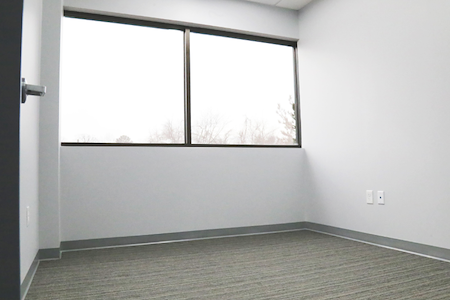 Perfect Office Solutions (Fort Washington) - PRIVATE OFFICE Space