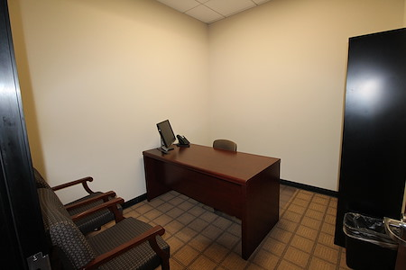 Riverwalk Executive Offices - Office 2