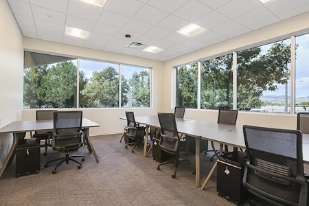 Craft Coworking Golden - Team Office for 8 - Suite #5