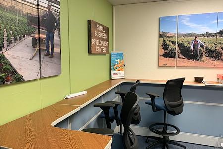 Santa Cruz County's Small Business Development Center - Desk 3