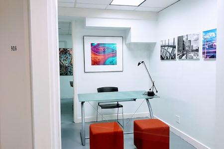 mindwarehouse - Suite 906