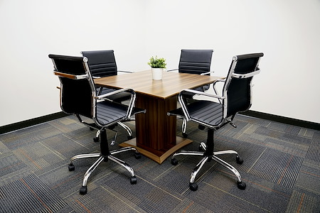Executive Workspace @ Park Ventura - Small Conference Room