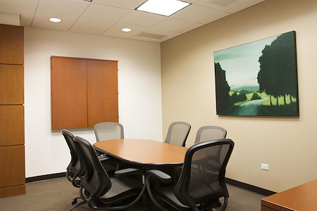 Corporate Suites: 275 Madison Ave (40th) - Meeting Room for 6 People