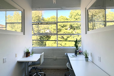 Traction Place LA - Office 1