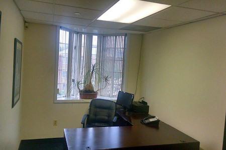 CAREER TRAX - Office 1