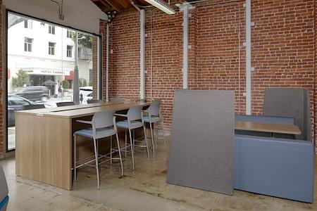 BLANKSPACES Santa Monica - WorkCafe