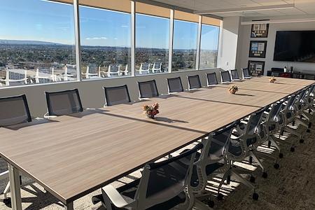 ScaleLA - Boardroom for 20