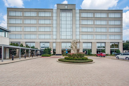 WORKSUITES- Sugar Land - Medium Office Space