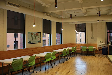 LearnLaunch - Fort Point - Nomadic, Dedicates & Small Office Spaces