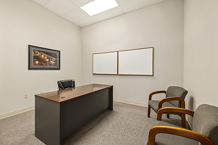 NWA Workplaces - Day Office Suite 22-E