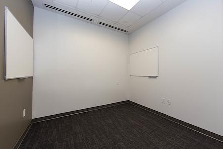 Roam Alpharetta - Dedicated Office for 4 People